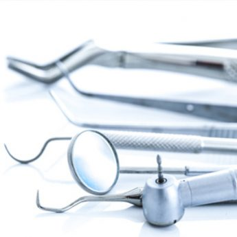 tratamiento-periodontal-utensilios